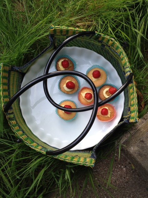 Cohousing Woodside picnic cup cakes 140601